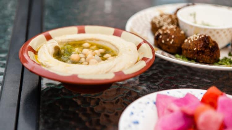 Homemade Hummus: How to Make It Just Like the Restaurants!